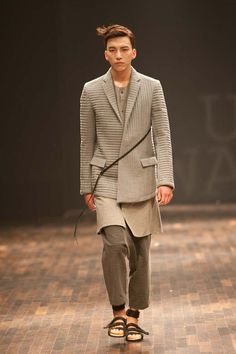 Kim Sun Ho, Groundwave. Seoul Fashion Week, Men's Fall 2011. Inspired by the symmetrical robes and pants of Korean Zen Buddhist monks...