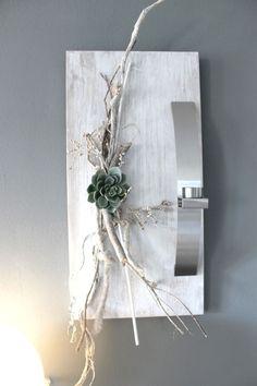 WD39 - Edle Wanddeko! Holzbrett gebeizt und weiß gebürstet, natürlich dekoriert mit einer künstlichen Sukkulente und einer Edelstahlleiste die als Teelichhalter oder Blumenvase dient! (Reagenzglas) Größe 30x60cm - Preis 49,90€