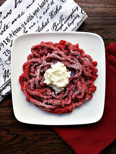 Red Velvet Funnel Cake I Serve with whipped cream cheese dip for a festive dessert Deep Fried Desserts, Köstliche Desserts, Delicious Desserts, Dessert Recipes, Yummy Food, Candy Recipes, Red Velvet Desserts, Red Velvet Recipes, Homemade Funnel Cake