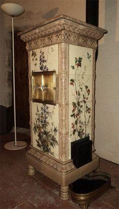 Antique Kitchen Stoves, Antique Stove, Alsace, Vintage Stoves, Vintage Enamelware, Stove Fireplace, Herd, Fireplace Surrounds, Restaurant