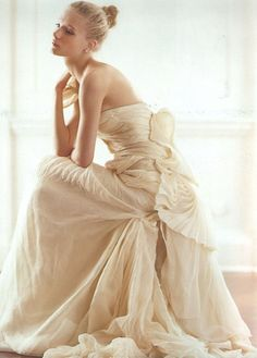 Looks lovely when you sit, pleated gown in Beige.