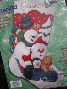 Bucilla-Christmas-Felt-Applique-Stocking-KIT-WINTER-FUN-Santa-Frosty-Sledding-18