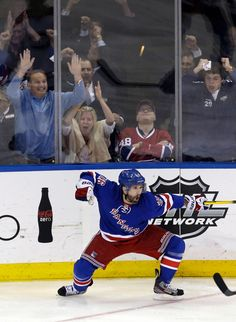 St. Louis in OT! Marty scores winner as Rangers win Game 4 - Martin St. Louis'…