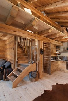 Pragelato Arte Rovere antico Chalet Interior, Interior Design Living Room, Cabin Homes, Log Homes, House In The Woods, My House, Chalet Style, Wooden House, House Goals