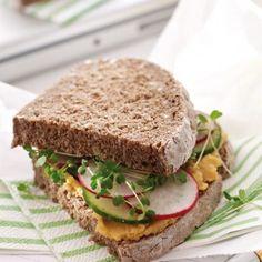 Linsen-Karotten-Creme - Brotaufstrich - http://www.aurora-mehl.de/de/Backrezeptansicht/Aktiv-Sandwich-223