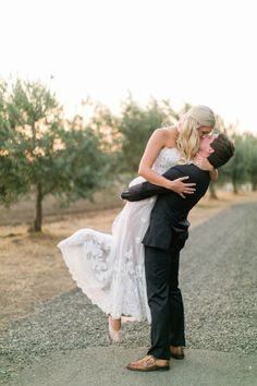 Adorable bride + groom: http://www.stylemepretty.com/little-black-book-blog/2016/04/18/family-florals-make-this-napa-valley-wedding-a-winner/ | Photography: Hannah Suh - http://www.hannahsuh.com/