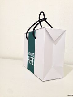 BAG BOX | White #PKGSP #packaging