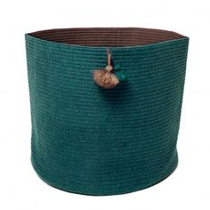 http://static.smallable.com/423829-thickbox/corbeille-piquee-pompom-bleu-turquoise.jpg