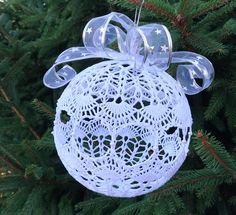 Bombka szydełkowa duża - średnica ok.20 cm Christmas Bulbs, Holiday Decor, Home Decor, Interior Design, Home Interior Design, Home Decoration, Decoration Home, Interior Decorating