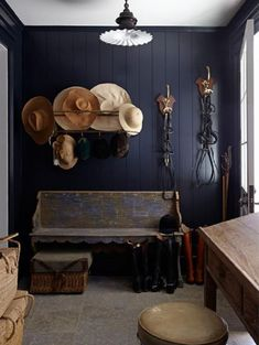 Hats Off to Life… Windsor Smith country mudroom, dark painted walls Dark Painted Walls, Painted Panelling, Wood Paneling, Small Mudroom Ideas, Navy Walls, Equestrian Decor, Equestrian Style, Home Design, Interior Design