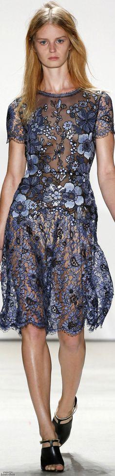 Jenny Packham Spring 2016 RTW Fashion Week, Runway Fashion, High Fashion, Fashion Show, Fashion Design, Jenny Packham, Women's Dresses, Pretty Dresses, Spring Summer Fashion