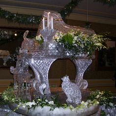 piano ice carving