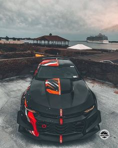 Check out this Chevy Camaro with a custom paint job and artwork. Camaro Zl1, Chevrolet Camaro, Camaro Auto, Luxury Sports Cars, Exotic Sports Cars, Cool Sports Cars, Sexy Autos, Custom Muscle Cars, Lux Cars