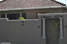 Redbourne Hilldrop, Cape Town Accomodation, Western Cape, South Africa, Accomodation, Where to stay in Cape Town, Front door, South African Travel Blogger