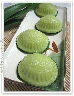 Nyonya Pandan Angku for Malaysia Food Fest - 班兰(红)龟糕献给马来西亚美食节