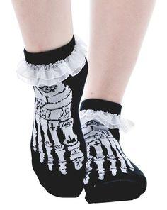 ~7€ ruffle ankle sock - occult bones