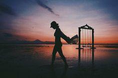 "❣traveling on Instagram: """"Another beautiful sunset "" . . #aughi #aughitrip #aughilomboktrip #explorelombok #indonesiajuara #wonderfulindonesia #kerengan #baliguru #vsco #liveauthentic #vscocam #vscogrid #wonderfullombok #gopro #goproid #thisisindonesia"""