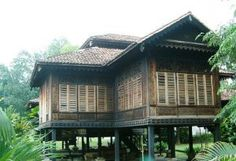 Heritage architecture - Traditional Malay house - Kuala Lumpur.jpg