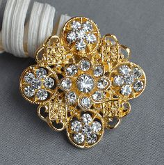 5 Rhinestone Button Embellishment Gold Pearl Crystal Wedding Brooch Bouquet Invitation Cake Decoration Hair Comb Clip BT535