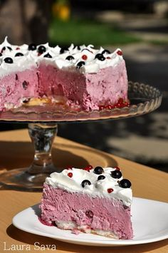 Romanian Desserts, Romanian Food, Homemade Sweets, Sweet Tarts, Something Sweet, Cake Cookies, Food And Drink, Dessert Recipes, Yummy Food