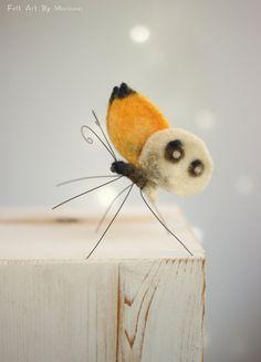 Nadel gefilzte Butterfly  Nadel Filz gelben von FeltArtByMariana