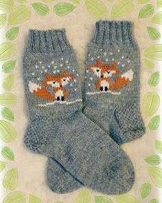 Knitting Socks Fox 27 New Ideas Knit Mittens, Knitted Blankets, Knitting Socks, Baby Knitting, Fox Socks, Crochet Fox, Fox Pattern, Christmas Knitting, Knitting Patterns Free