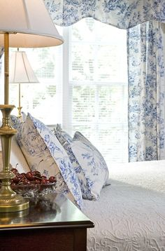 Blue toile bedroom ♡ teaspoonheaven.com