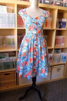 Button-Front Cambie Dress Tutorial   Sew Mama Sew   Outstanding sewing, quilting, and needlework tutorials since 2005.