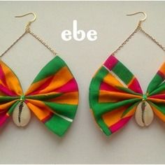 "www.cewax.fr love this ethnics earing ethno tendance, style ethnique, #Africanfashion, #ethnicjewelry - CéWax aussi fait des bijoux :  https://www.alittlemarket.com/boucles-d-oreille/fr_boucles_d_oreille_en_tissu_africain_a_motif_-9729985.html -  Boucles doreilles tissu wax  ""aponi"""