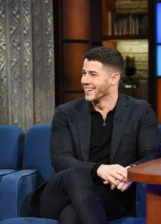 """Nick Jonas Gallery – """"Home"""" song by Nick for 'Ferdinand' movie soundtrack is nominated for 'Best Original Song' at the Golden Globes! Jonas Brothers, Nick Jonas Haircut, Nick Jonas Images, Ferdinand Movie, Smart Casual Outfit, Well Dressed Men, Hair And Beard Styles, Haircuts For Men, Celebrity Style"""