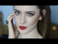 Party Makeup Tutorial | Classic Gold & Red + Favourite Products | Melaniie