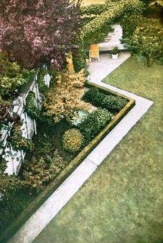 Garden ideas on pinterest 1930s semi lawn and family garden for Garden design 1930