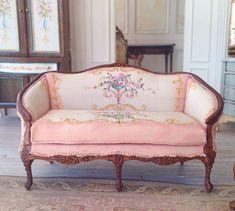 Coral Couch ~ 1:22 Dollhouse Scale Maritza Moran