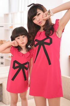 2015 Summer Style Family Matching Clothes Mom And Daughter Dress Fashion Printing Design Bow Mother Daughter Matching Dresses Mother Daughter Photos, Mother Daughter Dresses Matching, Mommy And Me Dresses, Mother Daughter Outfits, Mommy And Me Outfits, Matching Family Outfits, Matching Clothes, Girl Fashion, Fashion Dresses