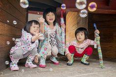Bubble Rain | 泡泡雨  這一天與MAMAKY的朋友,一起來到華山園區來拍攝一些產品情境照,小遙帶來三位兒童教會的小朋友,超級可愛的,他們都是耶穌的孩子喔。