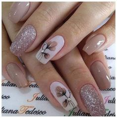 A flower, some branches . what precious nails! Classy Nails, Stylish Nails, Simple Nails, Cute Nails, Pretty Nails, Halloween Nail Designs, Fall Nail Designs, Halloween Nail Art, Acrylic Nail Designs