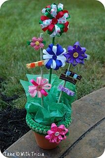 Very cute spring/summer gift idea for a little girl!  Easy DIY..doing these for valentine gifts.