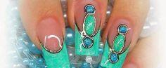 Blauwe Glitter Gel: http://www.metoenailsforyou.nl/a-26814851/color-gel-glitter/glitter-gel-glamour-turquoise-5-ml/