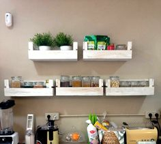 These floating pallet wall #shelves would really be adorable for wall which need some storage space or a display point - Reclaimed Pallet Shelves for Kitchen | 99 Pallets