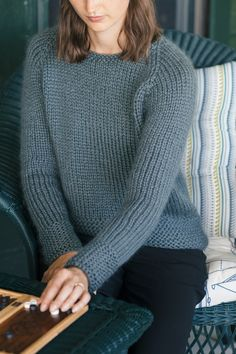 fairbanks pullover, designed by pam allen / from the weekend fall 2016 collection by the quince design team / in quince & co. ibis, color lone oak