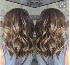 35 Balayage Hair Color Ideas for Brunettes in The French hair coloring technique: Balayage. These 35 balayage hair color ideas for brunettes in 2019 allow to achieve a more natural and modern eff. Brown Balayage, Hair Color Balayage, Balayage Highlights, Caramel Highlights, Balayage Hair Brunette Medium, Color Highlights, Baylage Short Hair, Medium Hair Highlights, Balayage Brunette Short