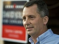 Privately regarded by Republicans as a weak candidate, the former lobbyist David Jolly overcame both funding obstacles and a Libertarian party challenger who received five percent of the vote to beat Democrat Alex Sink.