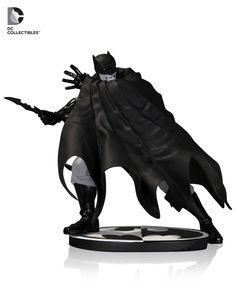 [DC COLLECTIBLES] Batman Black & White: Estátua do herói Batman por Dave Johnson