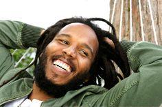 Ziggy Marley: The imitation Rasta Man. Music Is Life, Live Music, Good Music, Dancehall Reggae, Reggae Music, Bob Marley Biography, Marley Family, Rasta Man, Reggae Artists