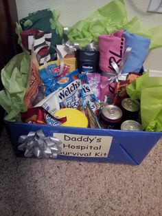 site with great ideas for new daddy's hospital survival kit