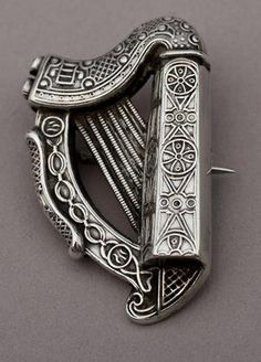 Antique Irish silver harp pin, circa 1908
