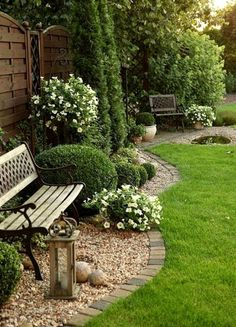 62 Amazing Fresh Frontyard and Backyard Landscaping Ideas Enjoy collection garden styles and let us Landscaping Supplies, Front Yard Landscaping, Backyard Landscaping, Landscaping Ideas, Backyard Ideas, Backyard Designs, Mulch Ideas, Natural Landscaping, Amazing Gardens