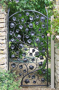 small metal garden gate | Ornamental Garden Gates andRailings - Sculptural Gates