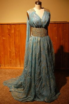 Daenery Targaryen Blue and Gold Dress Gown - Qarth - Game of Thrones Costume