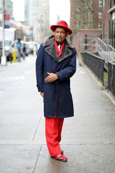 Old Women and Men Street Style 2012 Older Women Fashion, Womens Fashion, Fashion Fall, Fashion Boots, Advanced Style, Men Street, Street Chic, Sharp Dressed Man, Style And Grace